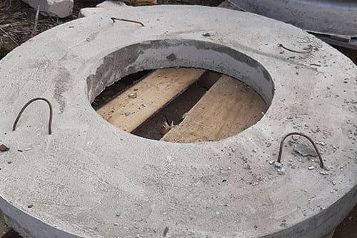 Крышка бетонная для колец